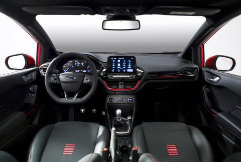 FORD_FIESTA_ST-LINE_COCKPIT