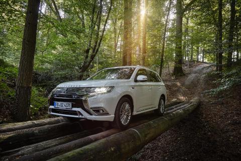 Modelljahr 2019: neuer Mitsubishi Outlander Plug-in Hybrid ab sofort im Handel