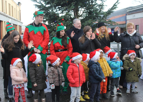 Christmas cheer comes to Possilpark