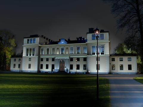 Slottet i fasadbelysning