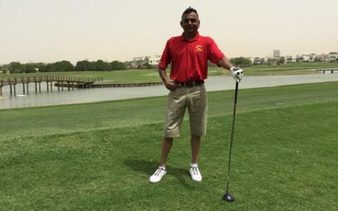 Golfing tobacco smuggler below par after  jail sentence