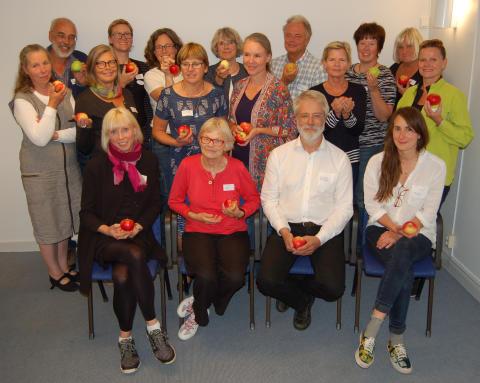 Riksförbundet Svensk Trädgård tillsammans med äppelentusiaster
