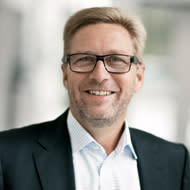 Lars Frederiksen steps down as CEO of Chr. Hansen Holding A/S; Cees de Jong is appointed new CEO