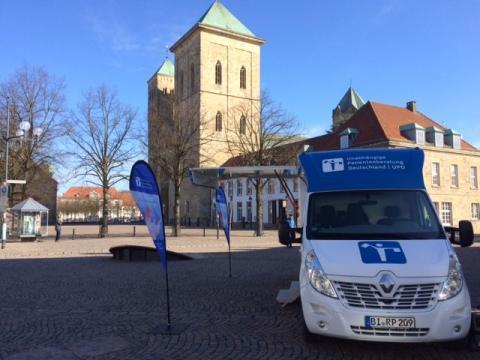 Beratungsmobil der Unabhängigen Patientenberatung kommt am 18. Juli nach Osnabrück.