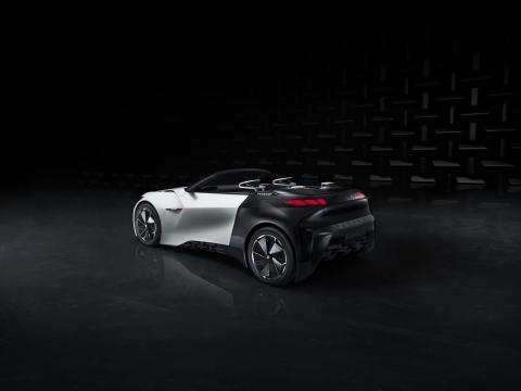 Peugeots nya FRACTAL berör alla sinnen