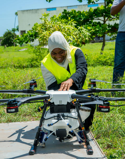 Local Drone Pilot in Zanzibar hands on with DJI Agras spray drone