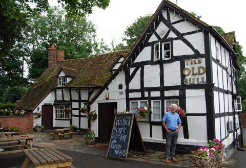 Bull's eye - Worcestershire's most famous fictional village is target for superfast broadband roll-out