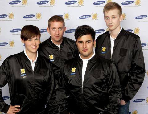 Samsung fortsätter att hylla unga ideella idrottsledare: De fyra utvalda fackellöparna springer med den olympiska elden i Skottland den 9 juni
