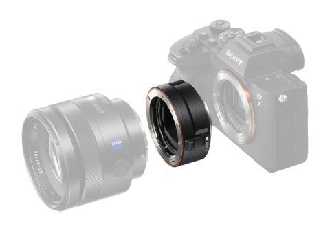 Sony Electronics anunță noul adaptor LA-EA5 pentru obiectivele cu montură A