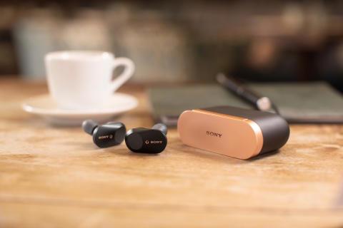Brez šumov, brez kablov in brez skrbi: Sonyjeve nove slušalke WF-1000XM3 z vodilno tehnologijo odpravljanja šumov v panogi