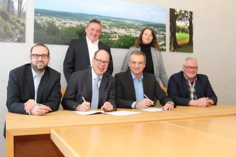 Stadtwerke Bad Driburg und Energieservice Westfalen Weser kooperieren bei Wärmeversorgung