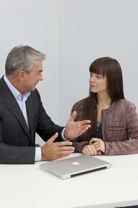 Berufserfolg und gutes Hören gehören zusammen – FGH Experten raten zu Hörtests mindestens einmal im Jahr.