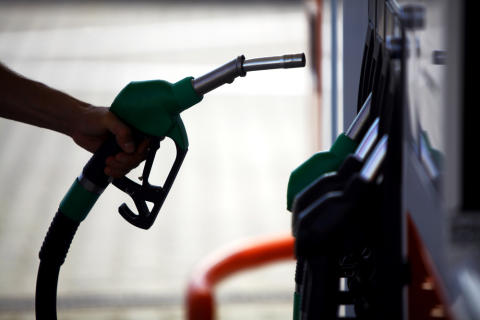 Further fuel price cuts from today - RAC comment