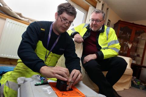 David Mundell MP connects with high-speed fibre broadband