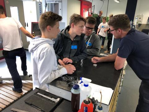Jugendliche lernen Berufswelt von BPW kennen