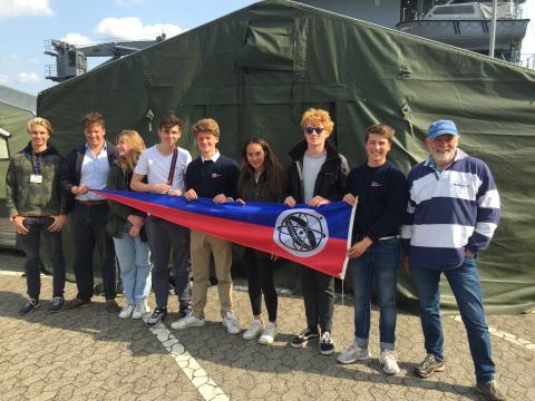 Louisenlunder Crew überzeugt bei Marinekutter-Regatta auf der Kieler Woche