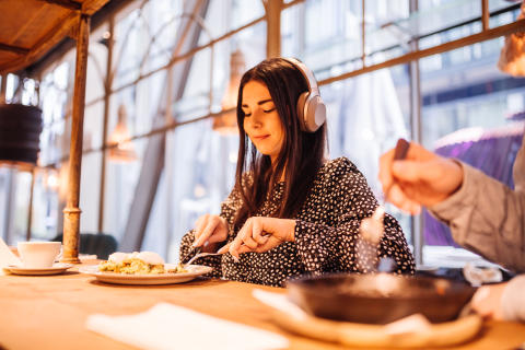 Meal for One:  Solo dining doesn't need to be silent dining