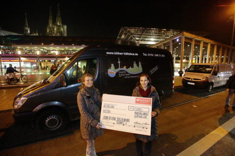 Santander spendet 3 000 Euro für ersten Kölner Kältebus