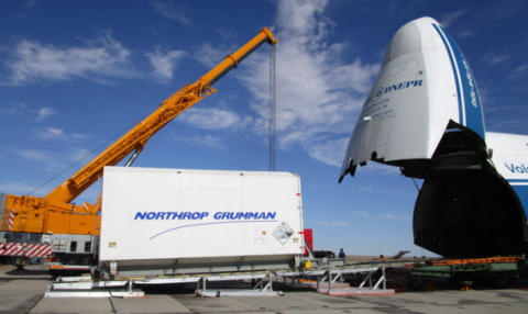 EUTELSAT 5 West B è arrivato al Cosmodromo di Baikonur per la preparazione pre-lancio