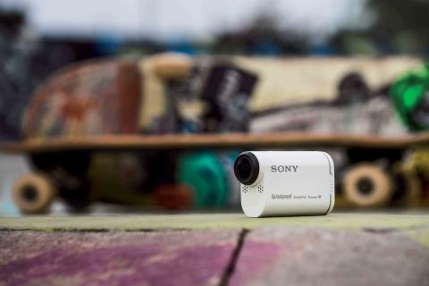 HDR-AS200V de Sony_Lifestyle_01