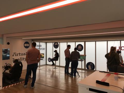Interaktive VR-Welten zum Thema Arbeitssicherheit im Veolia Truck