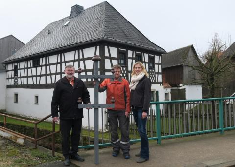 Bayernwerk schließt Arbeiten für zukunftssicheres Stromnetz in Mähring ab
