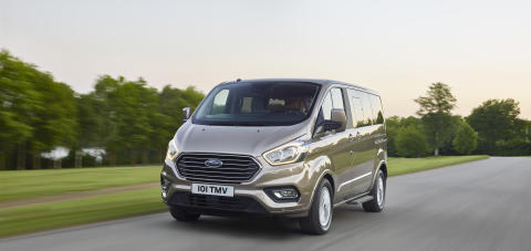 2017_Ford_Tourneo_23