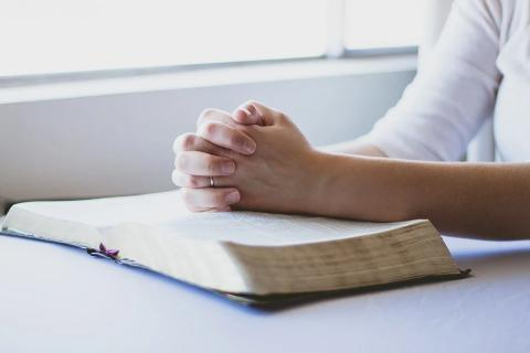 New advice on attending places of worship for private prayer