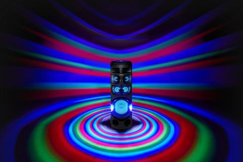 MHC_V81D_party_light