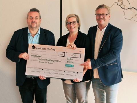 Mitarbeiter-Spende: Westfalen Weser Energie-Gruppe  unterstützt Ambulanten Kinder- und Jugendhospizdienst Minden-Lübbecke