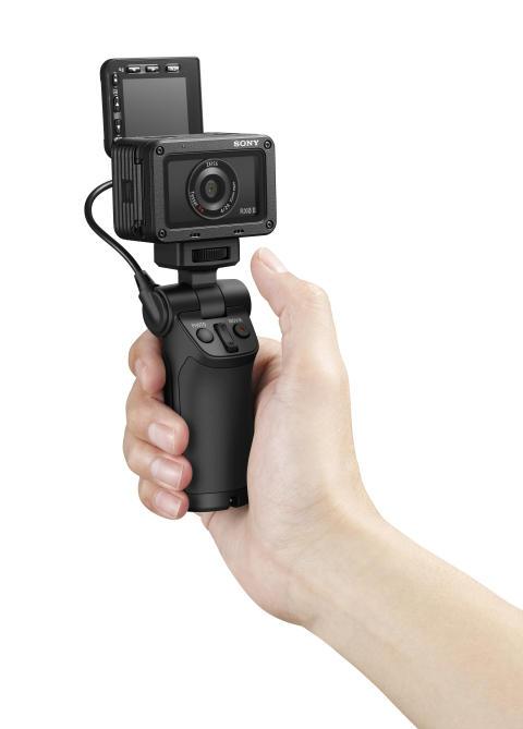 RX02_selfie_hand-selfie_hand_image
