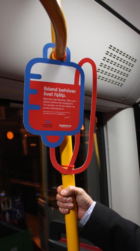 Illustrerad blodpåse buss