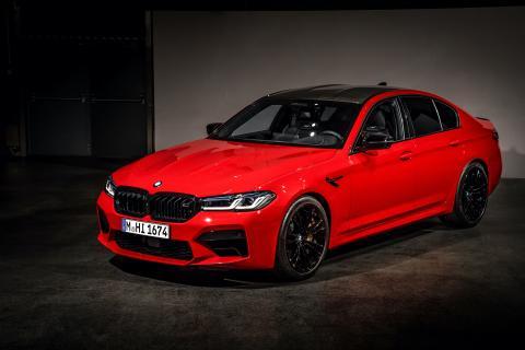 Nye BMW M5: Kjøreglede til hverdag og fest. Andre akt.