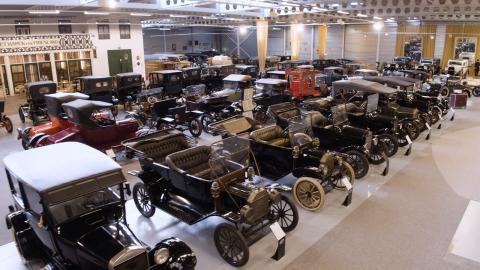 Verdens største private Ford-samling solgt på auksjon