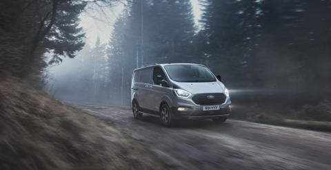 FORD_2020_TRANSIT_CUSTOM_ACTIVE-01