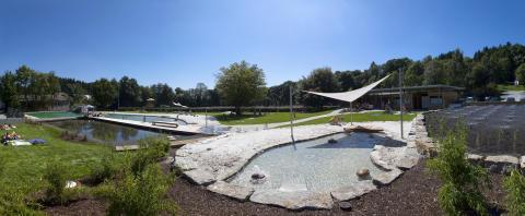 Danmarks første friluftsbad med grøn rensning åbner i Ruds Vedby