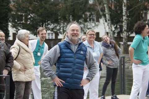 Rücken-Flashmob in Gelnhausen