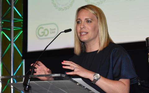 Presenter Lisa Shaw