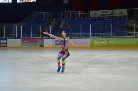 Wesley Campbell zeigt sein Können auf dem Eis