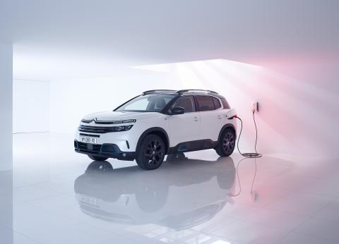 Sverigepremiär för Citroën C5 Aircross Plug-in Hybrid