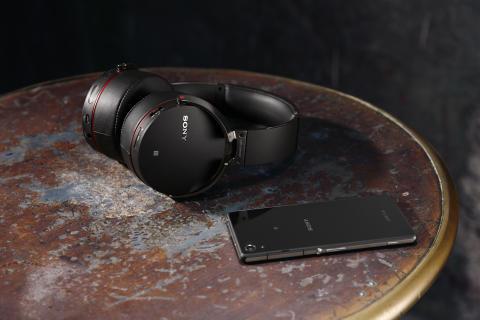 Facilité d'écoute avec les nouveaux casques sans fil Bluetooth® de Sony