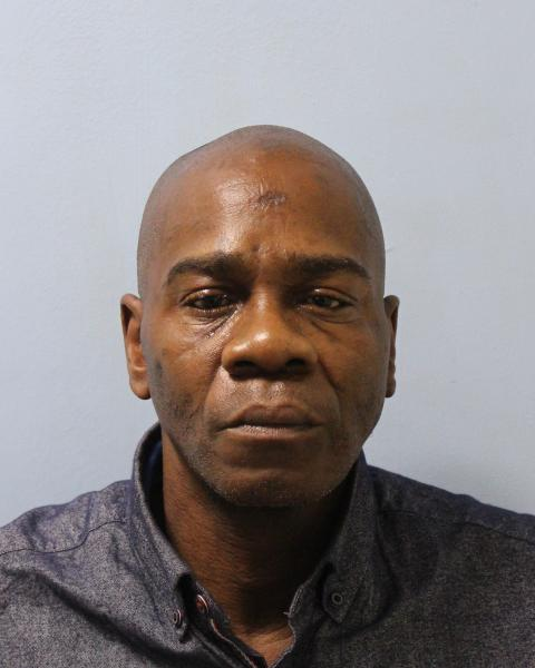 Prolific thief jailed for handbag thefts