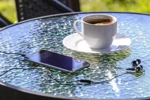Revealed: 10 bizarre ways to destroy an electronic gadget on holiday