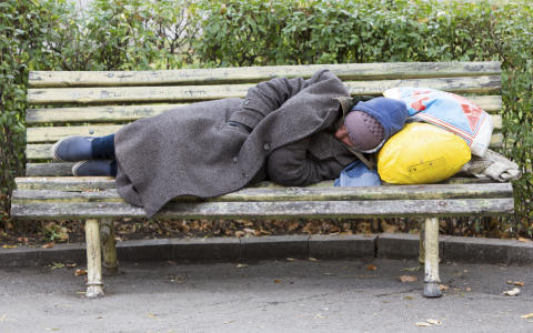 COMMENT: Who are the homeless and how do we count them?
