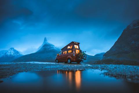 Specialbyggd Transit Custom Nugget agerar både hem och färdmedel under Great Escapes-äventyr
