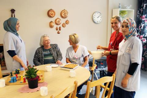 Personal och boende på Lindhem