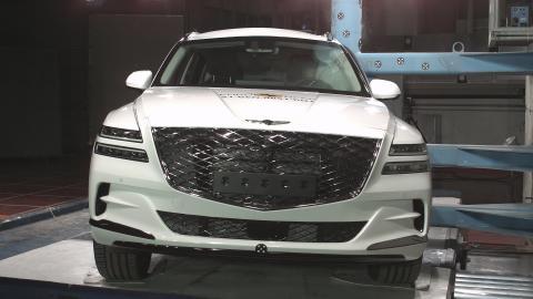 Debut Genesis models ace Euro NCAP safety tests