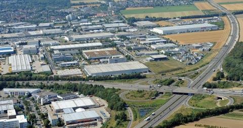 Glasfaserausbau im Gewerbegebiet Europaallee in Frechen: Deutsche Glasfaser informiert Unternehmen