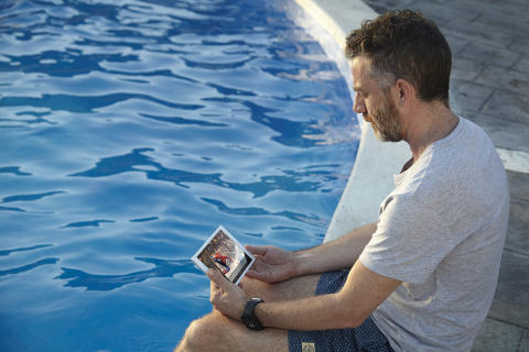 Xperia Z3 Tablet Compact lifestyle_2