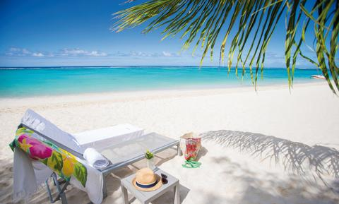 Traumstrand direkt am Maritim Crystals Beach Hotel
